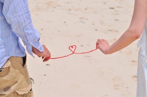 【3記事厳選】あるカップルの赤い糸にオレの糸も結んでみた結果www