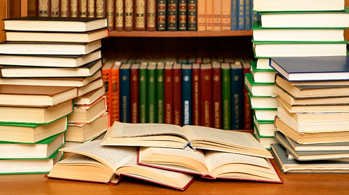 本読め。発信もしろ。続けろ。繋がれ。仕組み化しろ。